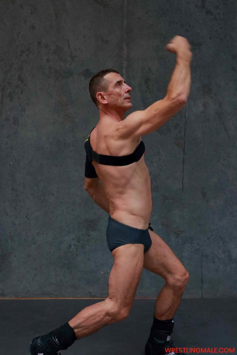 www.wrestlingmale.com-ADAPTADOR-01-GAL