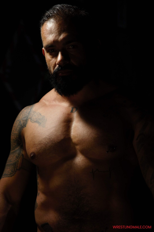 Wrestlingmale-Santi-Nogueira-Viktor-secret2